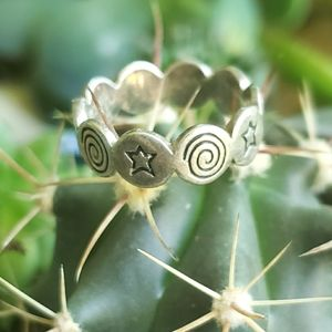 Vintage Sterling Stars and Swirls Ring